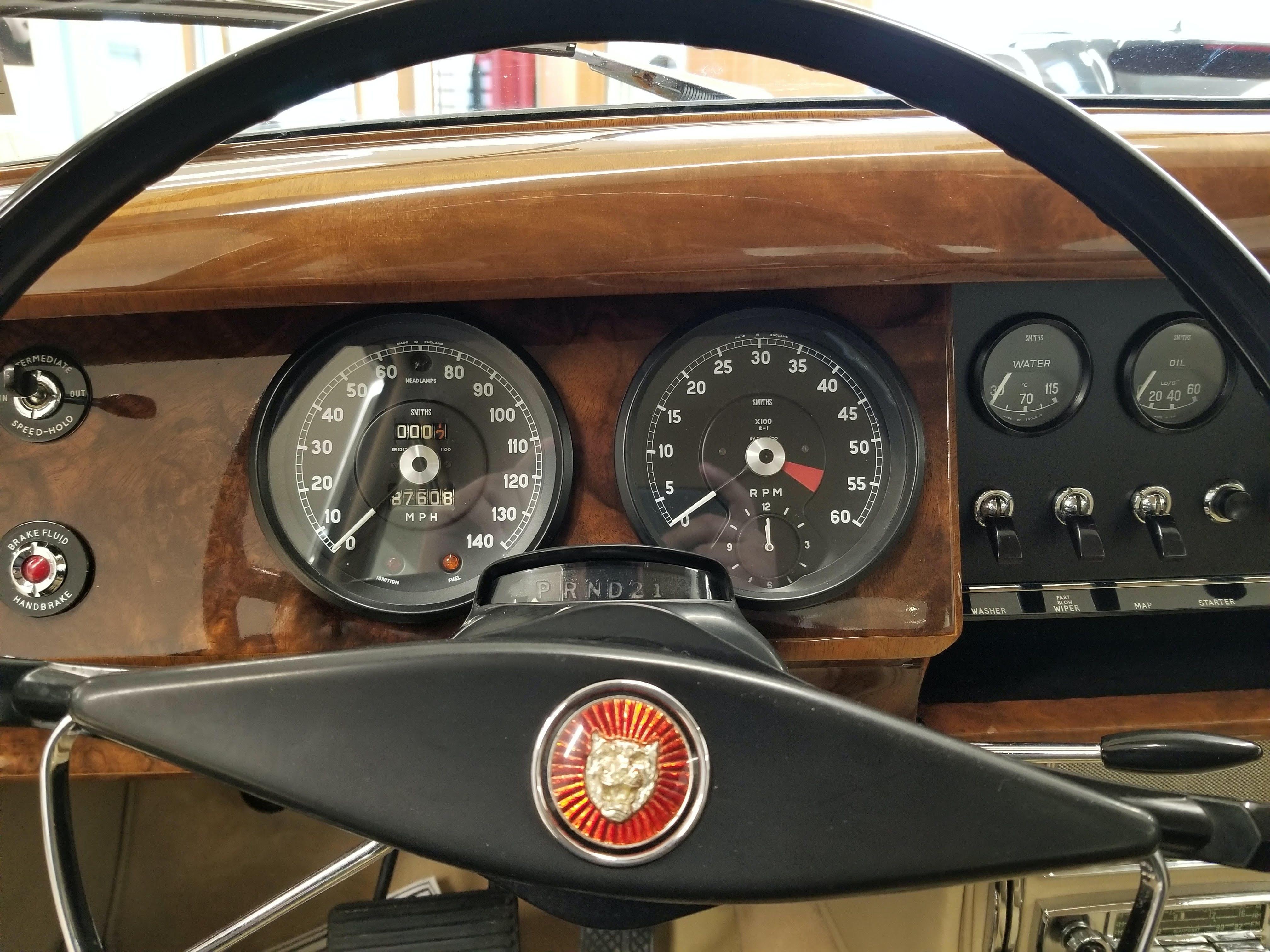1960 Jaguar MK II Sedan